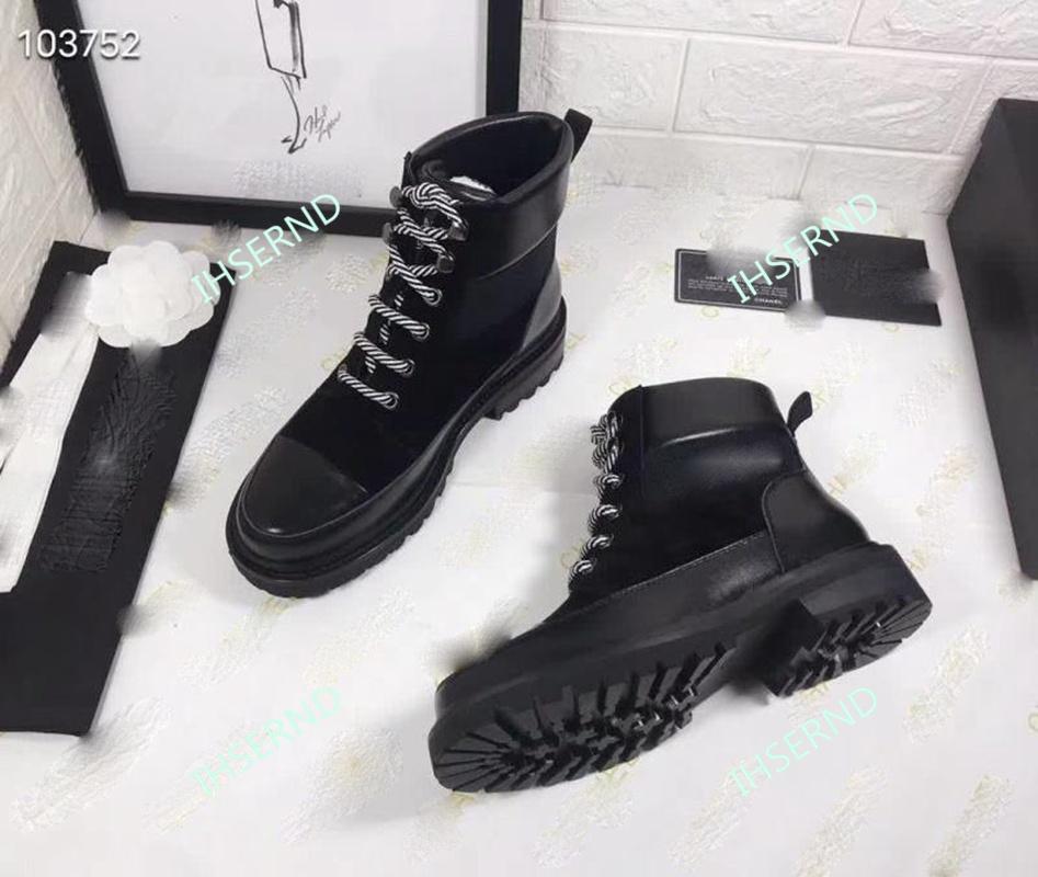 Ladies Black Formal Shoes Online