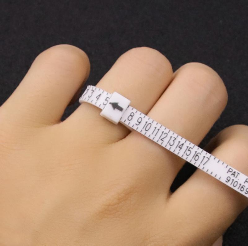 Baynne 21Pcs//Set Plastic Ring Sizer Measure Gauge Set Finger Sizing Jeweler Jewelry Size Tool 3-13 for Fitting Wedding Rings