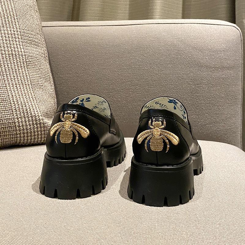 2020 autumn horsebit loafer shoes net celebrity with bee small leather shoes platform platform women's shoes LJ201112