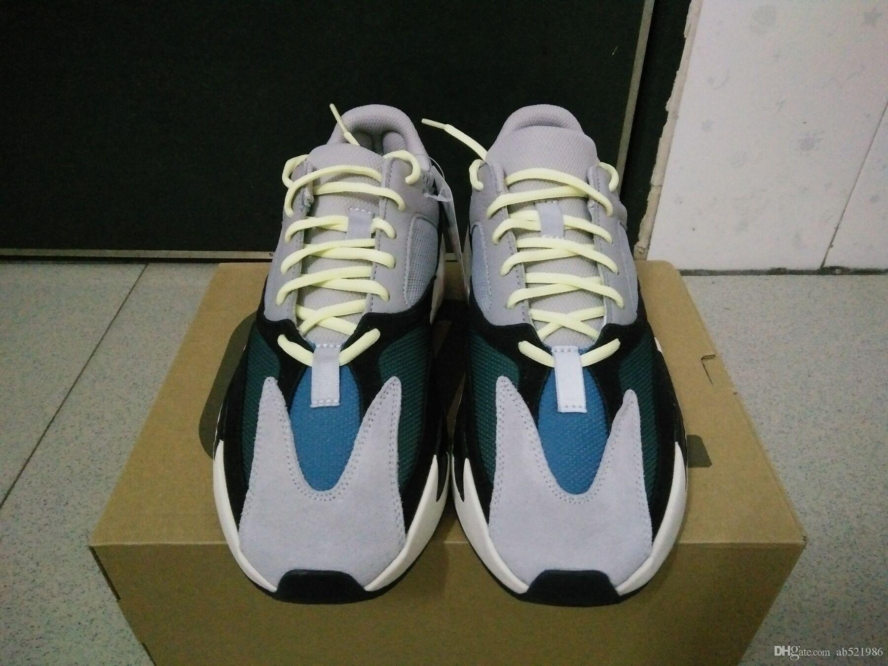 Runner unisex Sneakers Running Shoes 700 Wave Runner B75571