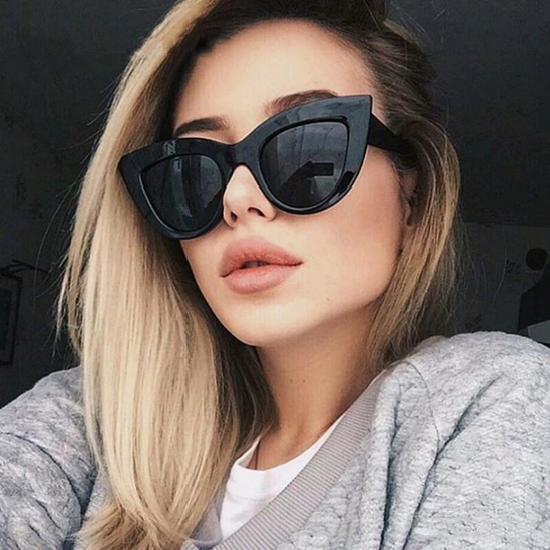 Women Cat Eye Sunglass Fashion Retro Mirror flat lens Sun Glass for women beach party street EU US Style Trendy glasses