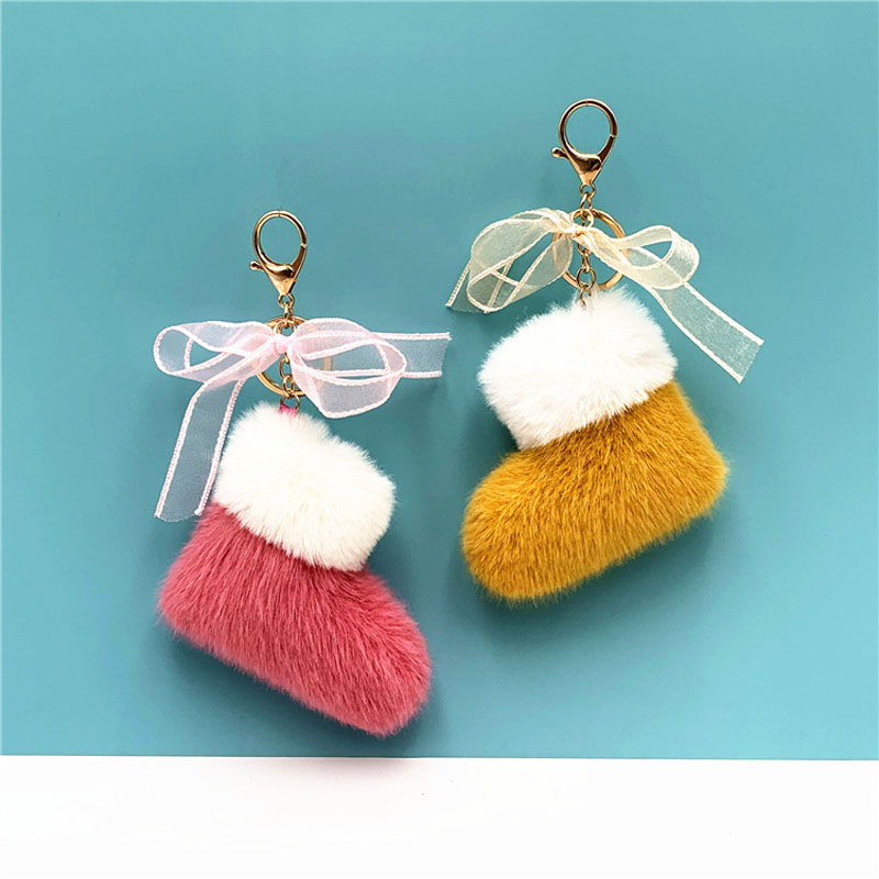 Christmas Boots Keychain Cute Fluffy Bow Bag Purse Car Key Chain Decorative Key Ring Holder Pendant Xmas Party Gift Accessories