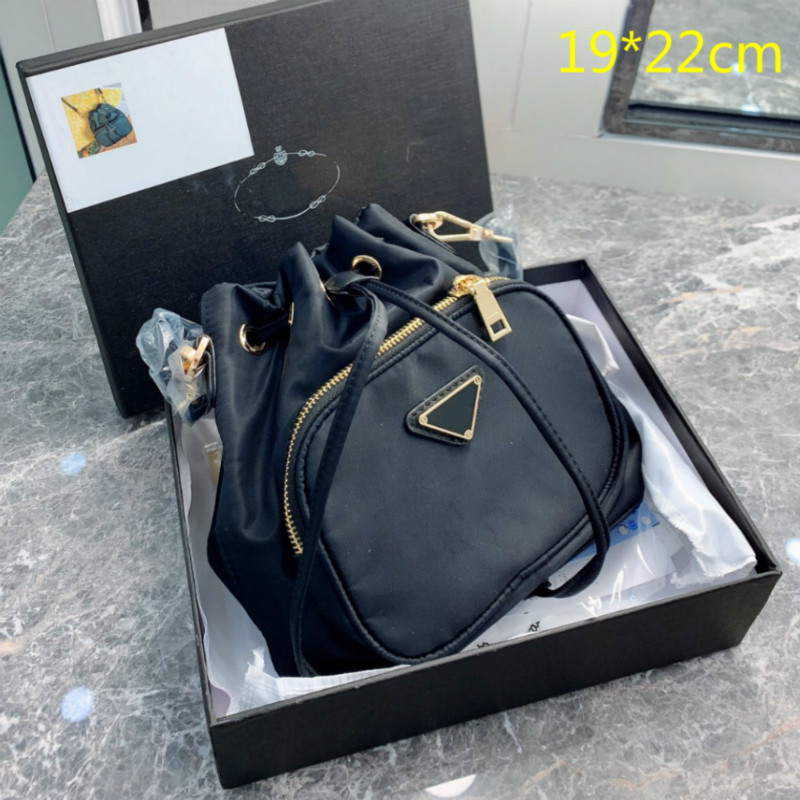 2021 Luxury Women Purses Black Bucket Bags Designers Crossbody Shoulder Bag Fashion String Buckets Shopping Totes Small Triangle High Quality GP202002 P4