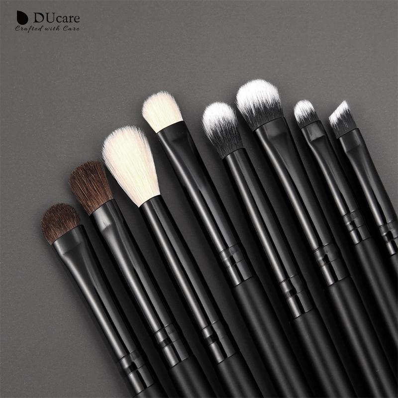 eyshadow brushes