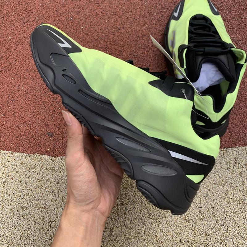 Mens Designer Basketball shoes New Arrival Outdoor Shoes for Women kanye Sneakers Casual Platform Running Shoes Luxury Trainers size 6-12