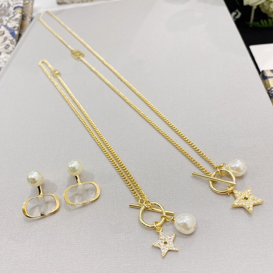 luxury designer jewelry women necklace gold chains with Star Diamond pendant necklace earrings and bracelets suit fashion jewelry