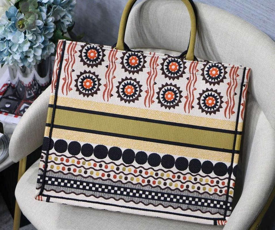 Ladies Beach Bags Hand-sewn by French designers Large-capacity shopping bags The highest quality on the entire network Support personalized