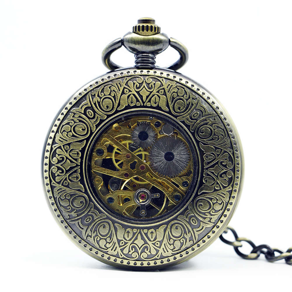 Train-Carved-Vintage-Pocket-Watch-Mechanical-Hand-Winding-Necklace-Key-Chain-Luxury-Gift-Pocket-Watch (2)