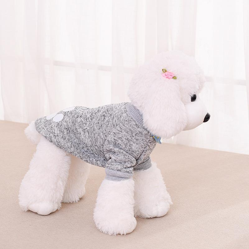 Winter Pet Clothes Dog Paw Pattern Sweater Dogs Cat Fleece Pullover Sporty Pet Clothes Warm Puppy Apparel Festival Decoration BT1047