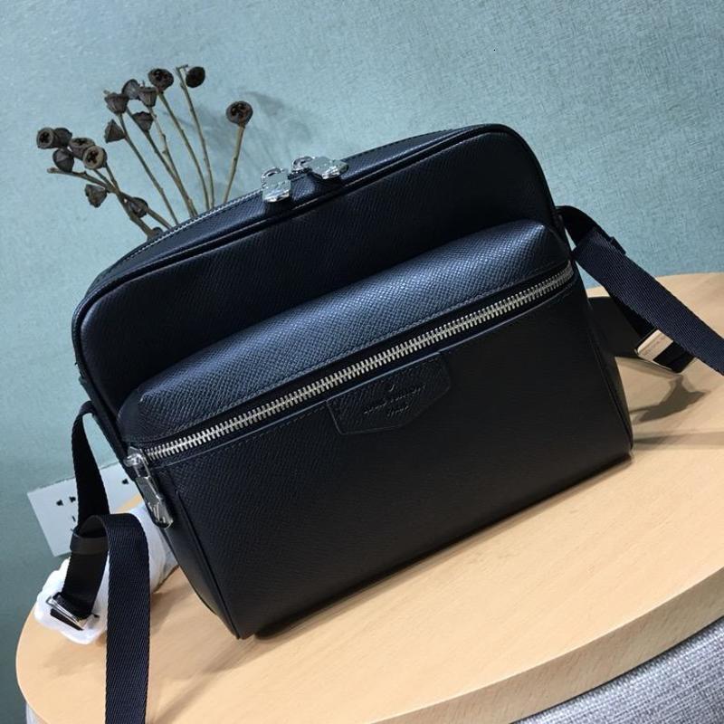 Mens Outdoor Messenger PM Fashion bag Messenger Shoulder Bags Hobo Cross body Handbags Handles Boston Tote Crossbody Packs M33437