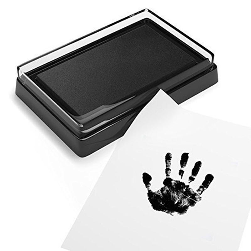 BalleenShiny-Baby-Handprint-and-Footprint-Ink-Pad-100-Non-Toxic-Inkless-Safe-Imprint-Souvenir-Hand-Footprint (2)