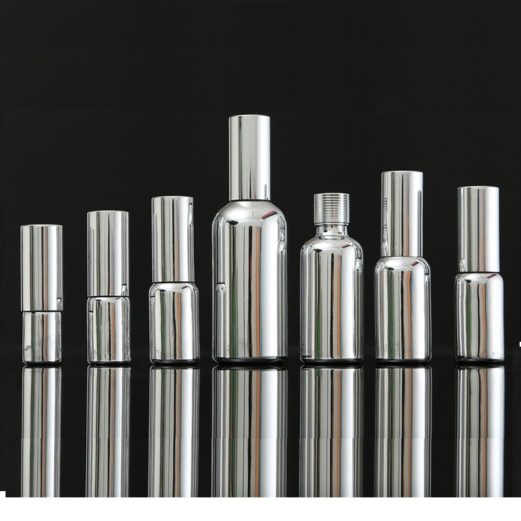 Silver Glass spray pump bottle