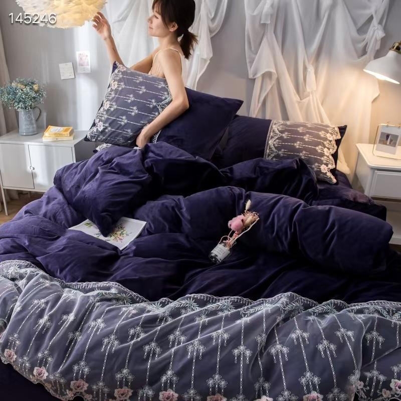 Embroidered Full Size Comforter Sets Velvet Bedding Royal Lace Cotton Silky Boho Bed Set Duvet Cover Bed Sheet Pillow Cover