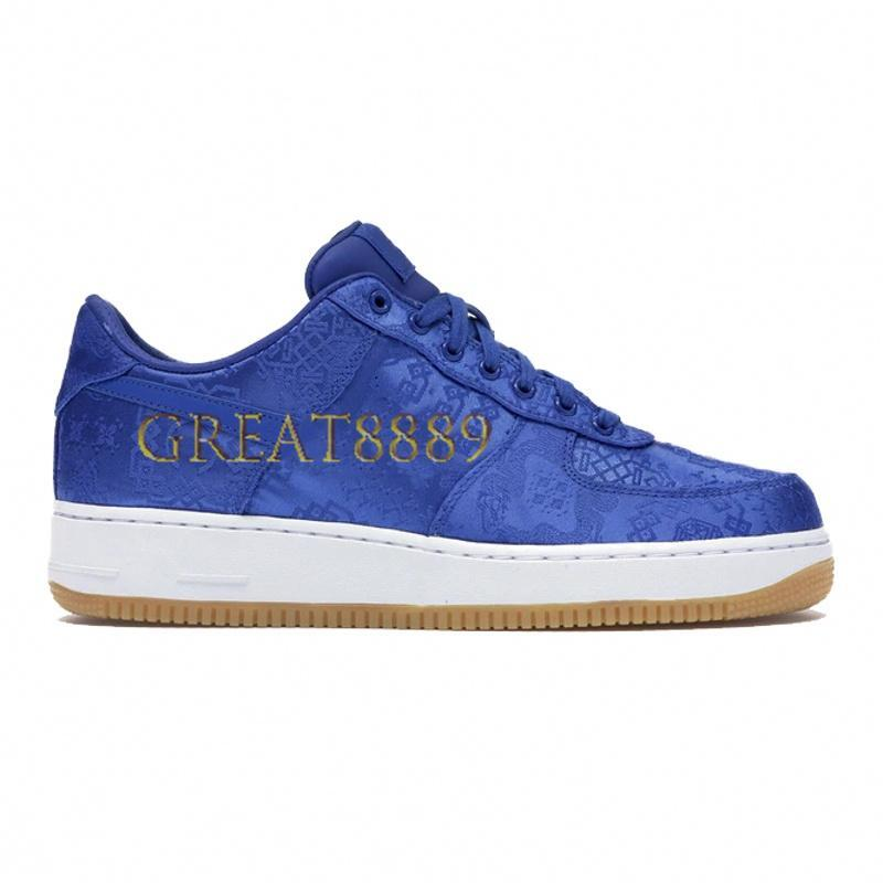 One Low Basketball Shoes Men Women 1 1s Travis Scotts black skeleton halloween Sneakers blue satin Rose Gold Silk 4EVA white Trainers