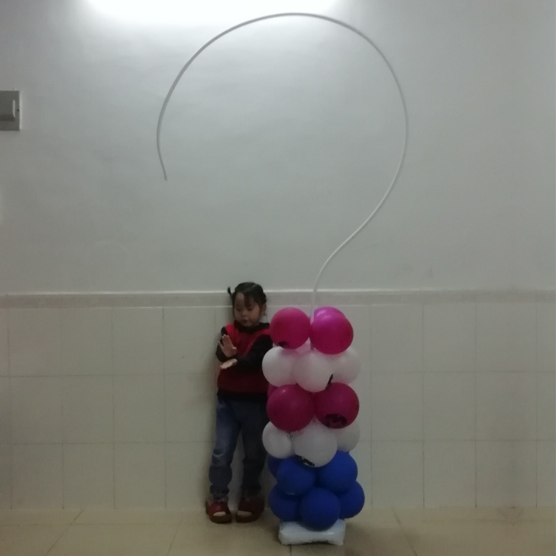 question mark balloon stand frame -7