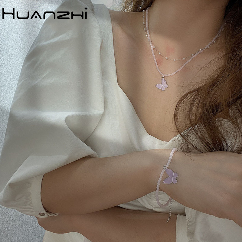 HUANZHI-2020-New-Korean-Vintage-Acrylic-Flower-Butterfly-Imitation-Pearl-Color-Beaded-Necklace-for-Women-Party
