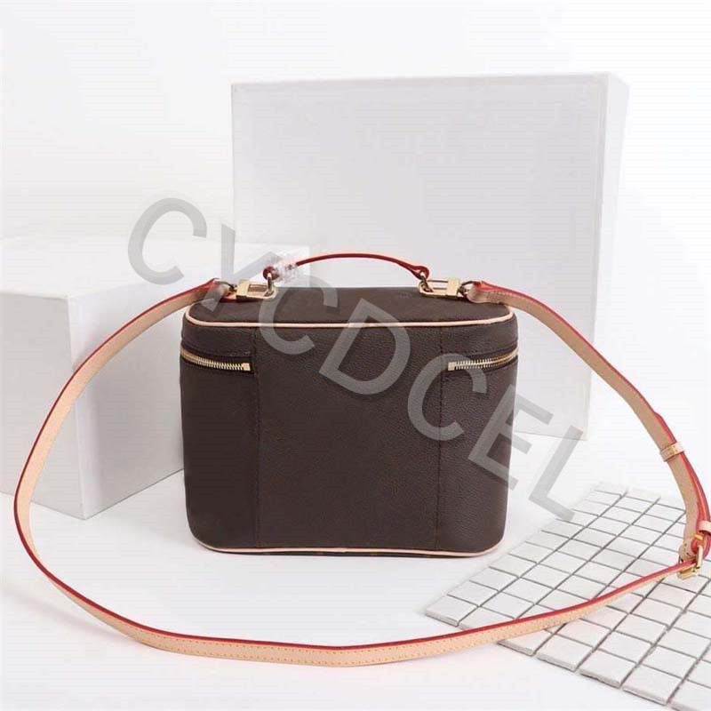 Hot-Selling-Luxury-Design-Ladies-Large-Capacity-Toiletry-Bag-Fashion-high-quality-Women-handbag-leather-NlCE (1)