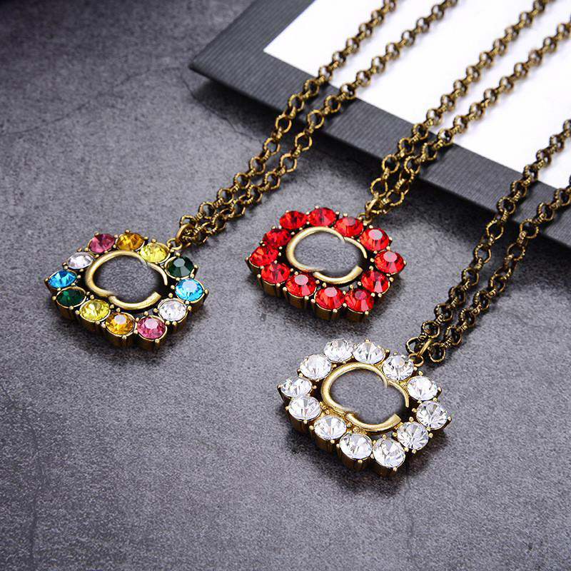 Vintage Colorful Diamond Necklace Ladies Letters Crystal Necklaces Women Pendant Necklace Girl Exquisite Pendants Jewelry Gift