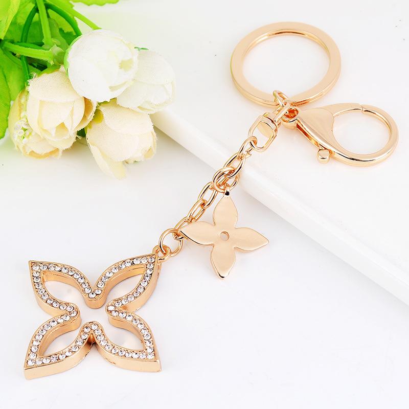 Creative Clover Keychain Gold Holder Metal Key Chain Fashion Keyring Charm Bag Auto Pendant Gift Wholesale Price