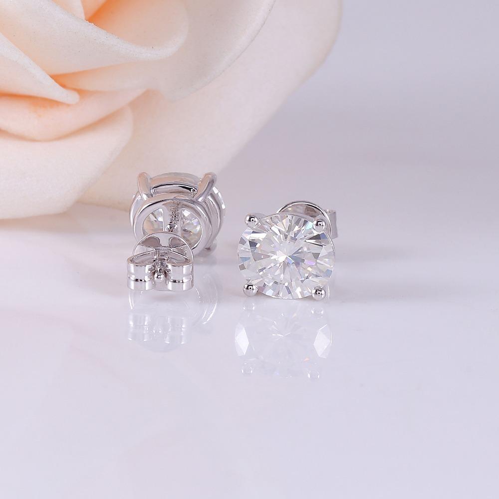 DovEggs-Sterling-solid-925-sliver-6MM-7MM-EF-Color-Halo-Moissanite-stone-Stud-Earrings-for-Women (3)