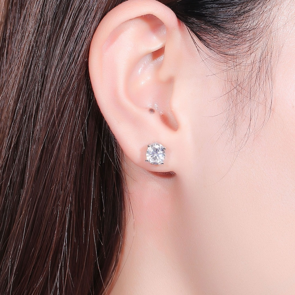 DovEggs-Sterling-solid-925-sliver-6MM-7MM-EF-Color-Halo-Moissanite-stone-Stud-Earrings-for-Women (2)