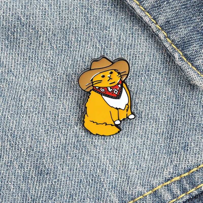 Cute Enamel Brooches Pin for Women Girl Fashion Jewelry Accessories Metal Vintage Brooches Pins Badge Wholesale Gift Hat Cat