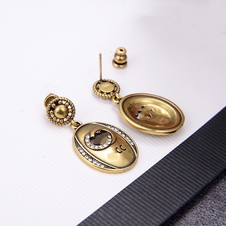 Luxury Designer Jewelry Women Earrings Oval Studs with stamp Brass with gold plated letter earring elegant new fashion jewelry