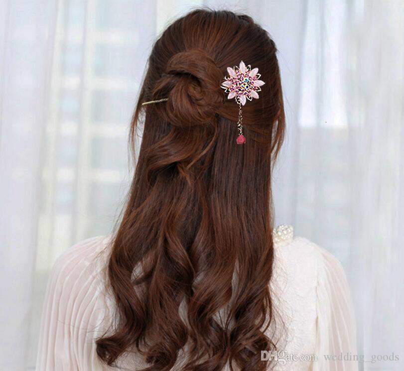 Hair ornament Classical retro style hairpin hair flow step shake rose headdress plate hairpin hairpin FZ004 a