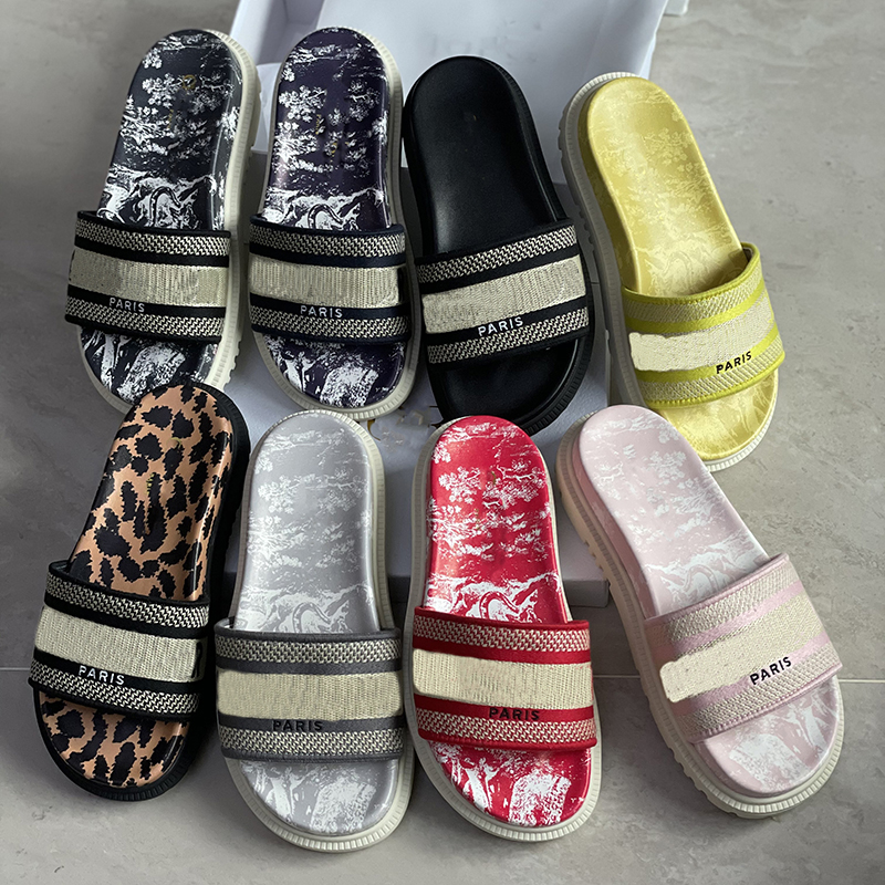 Paris Embroidered dway slipper women platform sandals summer outdoor beach Floral striped causal flip flops flat Slide Slippers Casual Shoes