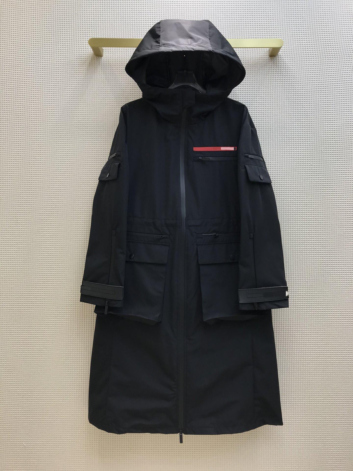Milan Runway Coats 2021 Hooded Long Sleeve Women's coats Designer Coats Brand Same Style Jackets 0301-7