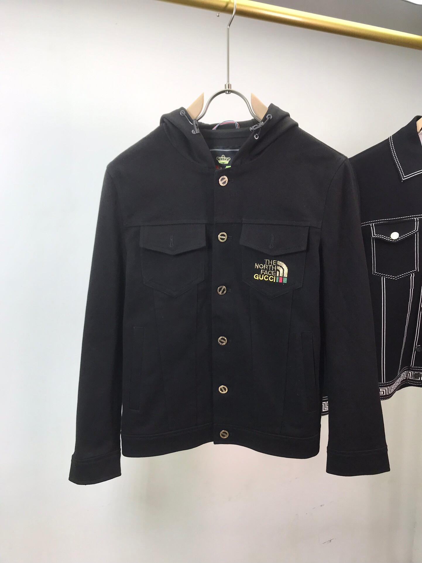 2021ss spring and summer new high grade cotton shirt Men's hoodie Suit pants Casual Fashion jacket Color stripe print sweatshirt Size: s-xxxl Color: black white 486