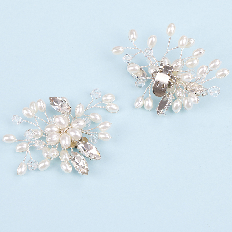 1 Pair Crystal Charm Flower Shoe Clips Decorative Rhinestone Pearl Shoe Clips Fashion Wedding Shoes Accessories Decoration
