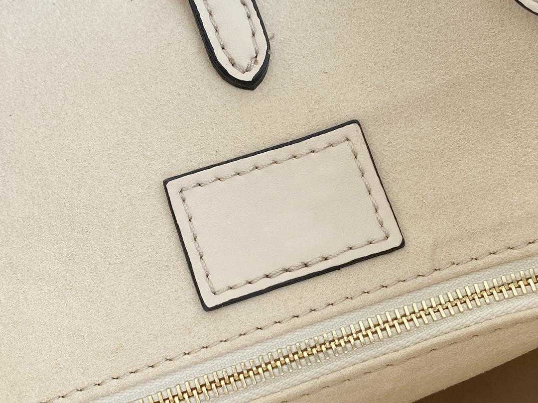 M45718 Top quality Summer Blue OnTheGo MM Tote bag Letter Embossing cowhide leather By the Pool Mummy shouder bags High-capacity Purse M45717