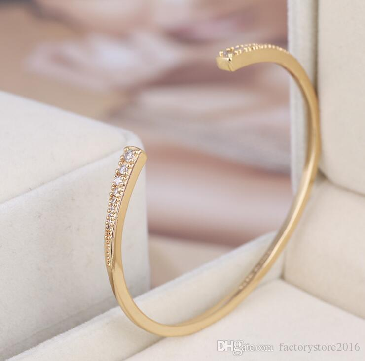 Luxury Designer Bangle Bracelet with Shining Crystal Zircon Charms Bangles for Women Party Jewelry Silver Gold Rose Gold Colors