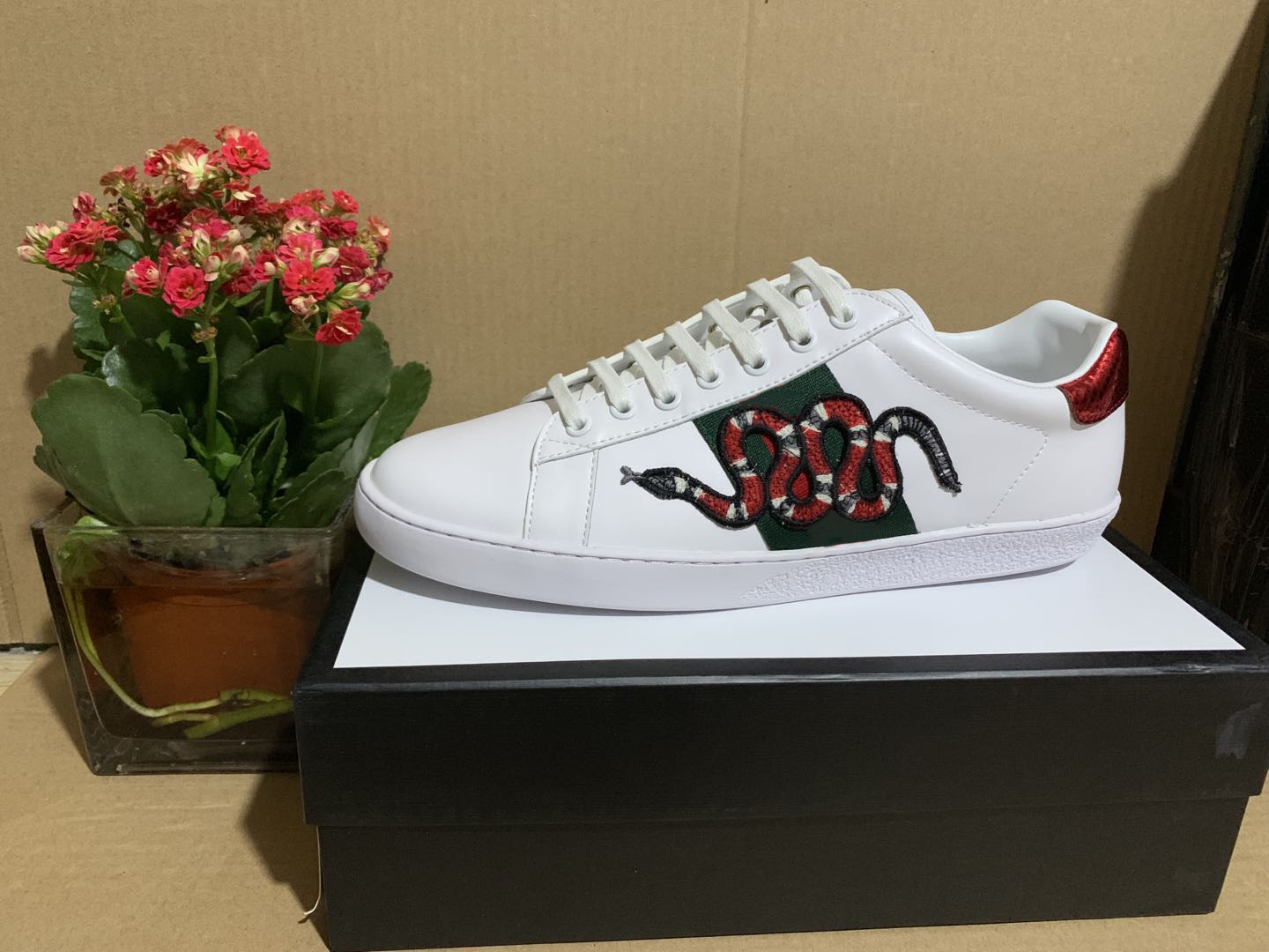 Best Quality Stripe Designer Shoes ACE Embroidered Mens real Leather Designer Sneakers Woman man classic Casual ace Shoes