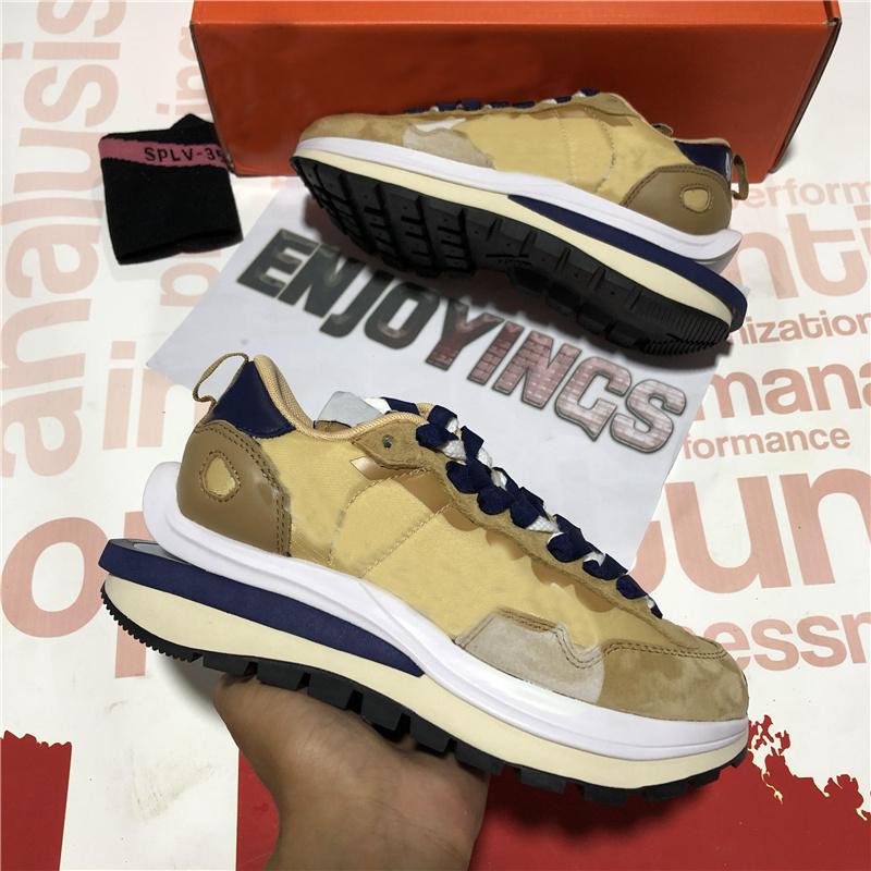 Top Quality Luxurys Designers Shoes Men Waffle Daybreak Summit White Black Nylon Wolf Grey platform Shoes Mens Outdoor Sports Running Shoes