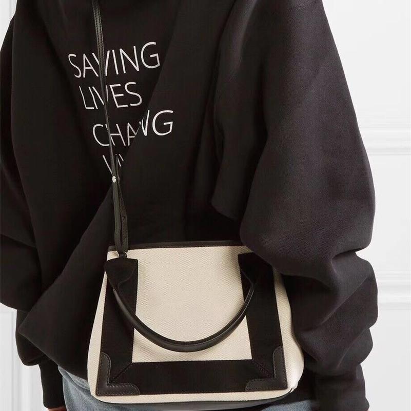 2021 French single product quality control B home Canvas Bag Navy cabas Single Shoulder Messenger portable tot shopping bag IVK2 wan