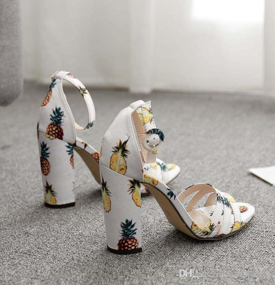 Plus Size 35 To 42 lovely pineapple floral prints chunky heel women designer sandals coem with box