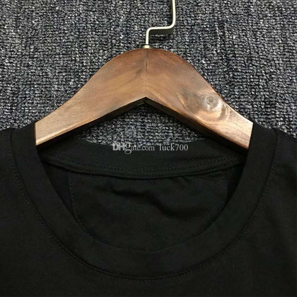 19SS Mens T Shirt Fashion Trend Couple Short Sleeve Mens Print Sport Tees Black Size S-2XL