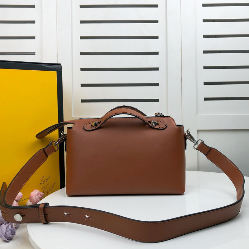 Women Boston Handbag Crossbody Bags Cowhide Detachable Wide Shoulder Strap Hot Stamping Letter Pattern Simplicity Lady Shoulder Bags Wallets