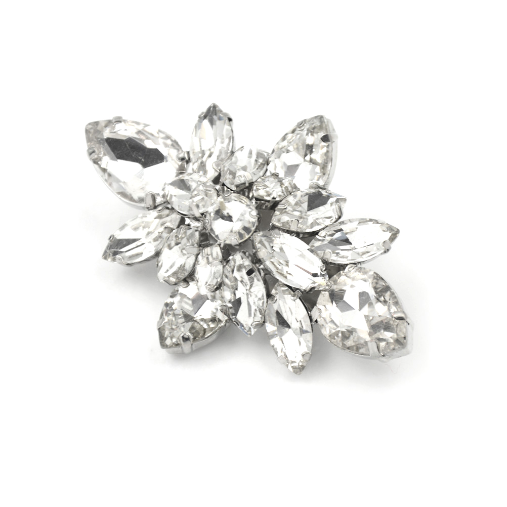 1PCS high-heel pumps accessories crystal diamond shoe clips Diy shoes flower charms bridal Fashion wedding decoration buckle