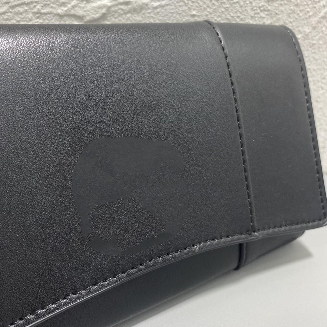 B 3A quality new diagonal clutch bag underarm bag retro hardware fashion ladies shoulder bag 20x11