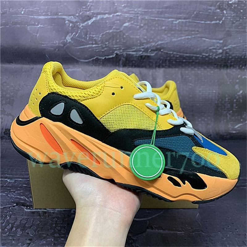 New Runner 700 v1 Solid Grey Bright blue Sun Running Shoes Inertia V2 Analog pink yellow red Orange Triple Black Reflective Sneakers