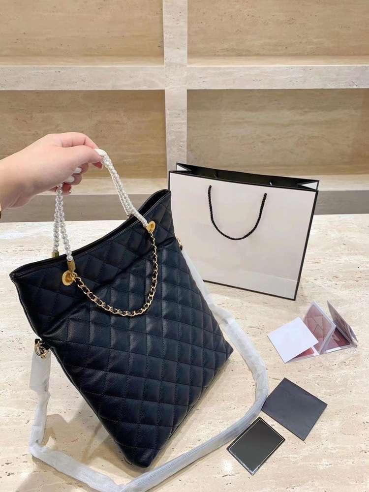 Tote bags ling, female fashion chain bag joker one shoulder inclined bag, female, 2020handbagSmall sweet wind pearl
