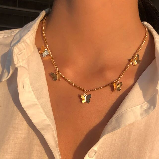 Retro Portrait Exaggerated Thick Chain Necklace Double-Layer Personality Chain Exquisite Temperament Butterfly Necklace Short Clavicle Chain Female