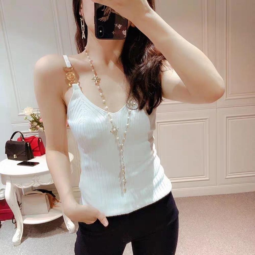 305 2021 Spring Summer Crew Neck Regular Sleeveless Black White Panelled Sweater Pullover Fashion Sweater Luxury qian