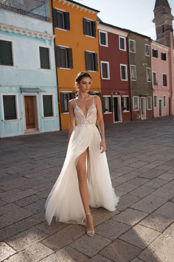 Gali Karten Beach Wedding Dresses Long Bohemia High Split A Line Sexy Deep V Neck Wedding Dress Bridal Gowns Cheap