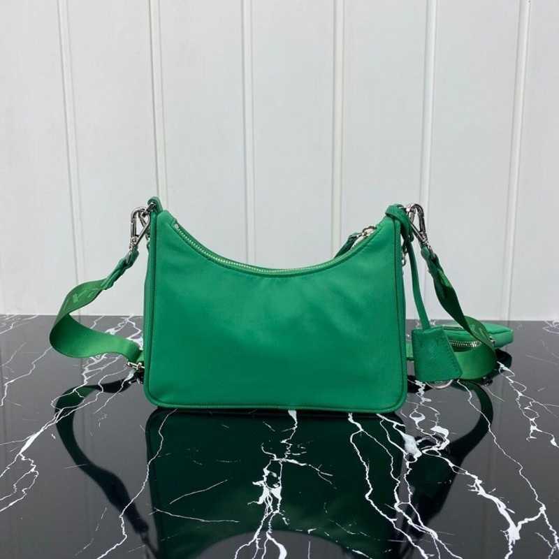 Luxurys Designers Bags canvas hobo women shoulder bag women Chest pack lady Tote chains handbags presbyopic purse messenger bag handbags