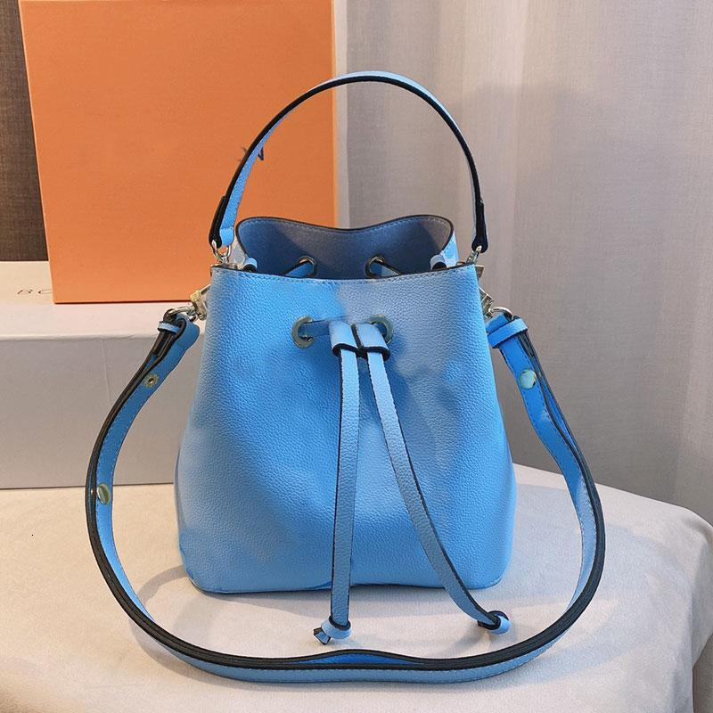 Women Bucket Bag Shopping Bags Handbags Color Painting Patchwork Letter Printing String High Quality Genuine Leather Removable Shoulder Strap