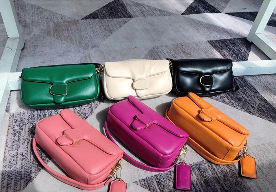Women Luxurys Designers Bags 2021 vintage handbags Bag high quality leather totes gold retro hardware six colors medium